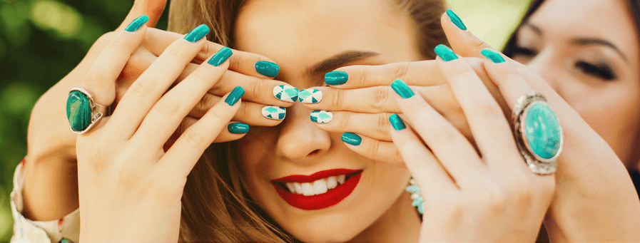 Коррекция нарощенных ногтей Днепр
